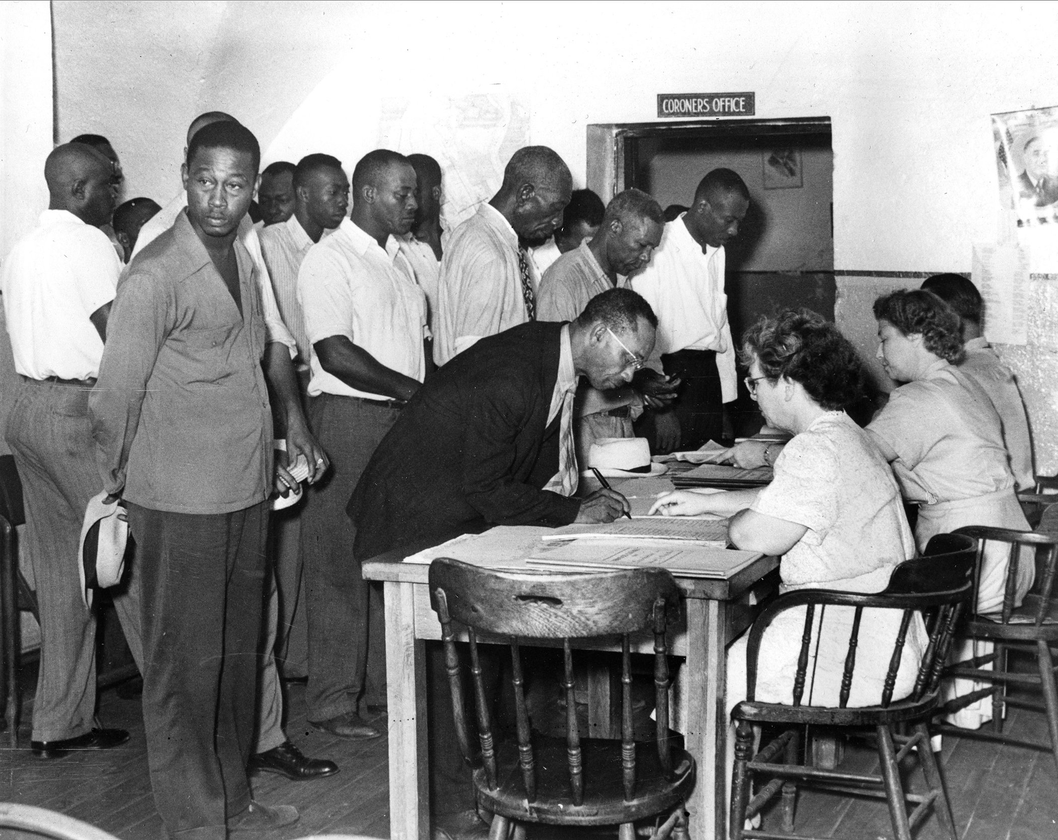 African-Americans-Voting-Rights-Registering-To-Vote-002.jpg