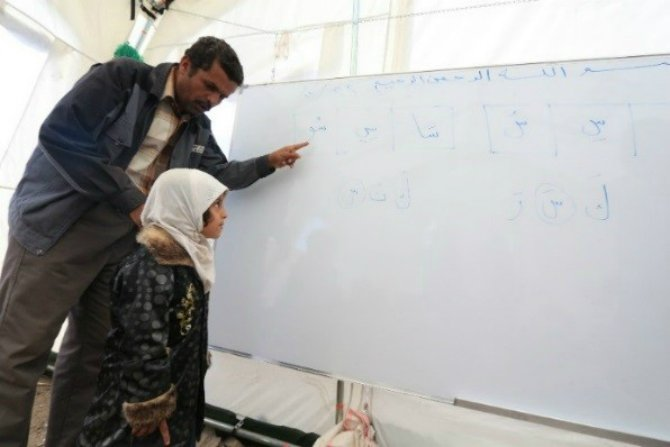 education-is-life-for-yemeni-children- Body 4.jpg