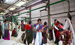 Artikel: Garment Workers in India Take to the Radio to Demand Their Rights