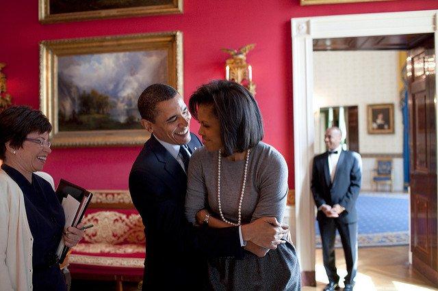 obama-44-photos-gc-michelle-silly.jpg