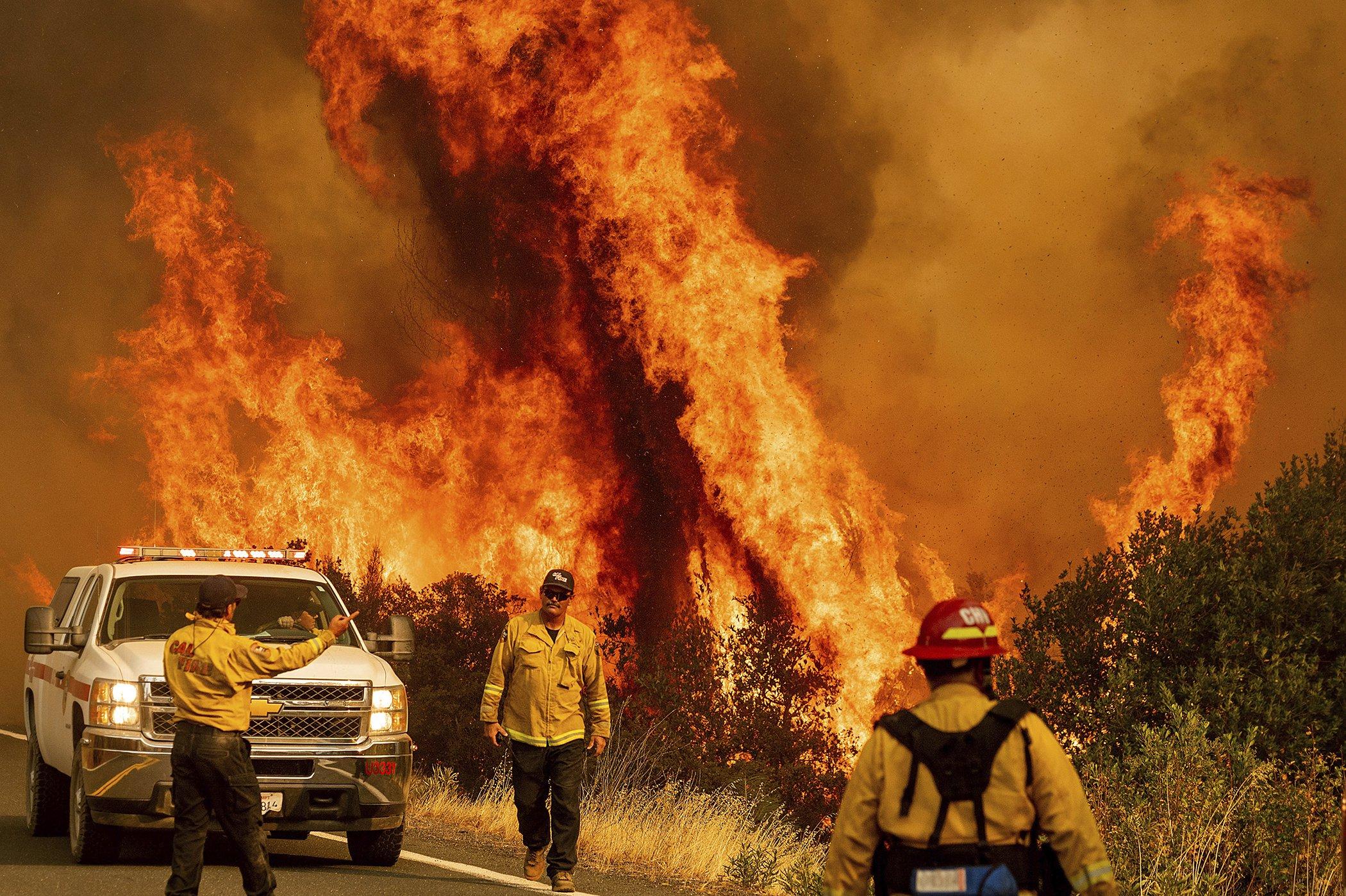 LNU Lightning Complex Fire-Northern-California-Air-Quality-Farmworkers-001.jpg