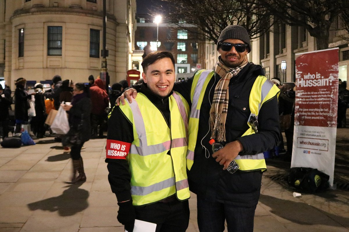 WhoIsHussein6.jpg  British Muslims  serving to London homeless whoishussein6