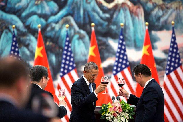 Obama-Jinping-Toast.jpg