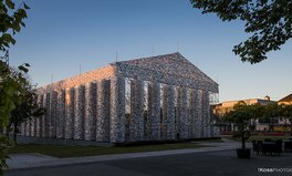 Article: Parthenon Replica Built from 100,000 Banned Books on Site of Nazi Book Burning