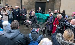 Article: 'Homeless Jesus' Makes First UK Visit — and Now Sleeps Rough on a Bench Near a Scottish Church