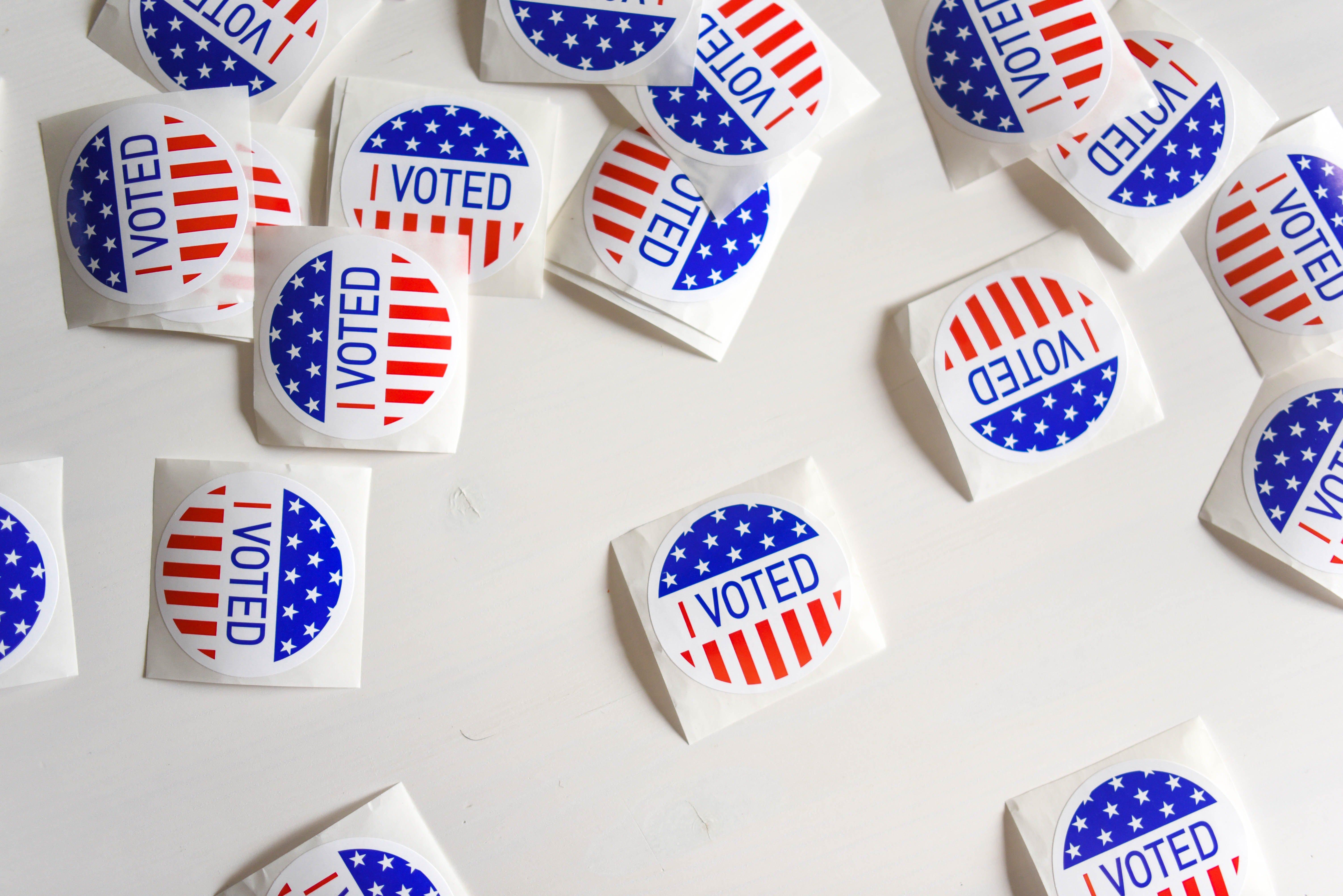 Voting-stickers-United-States.jpg
