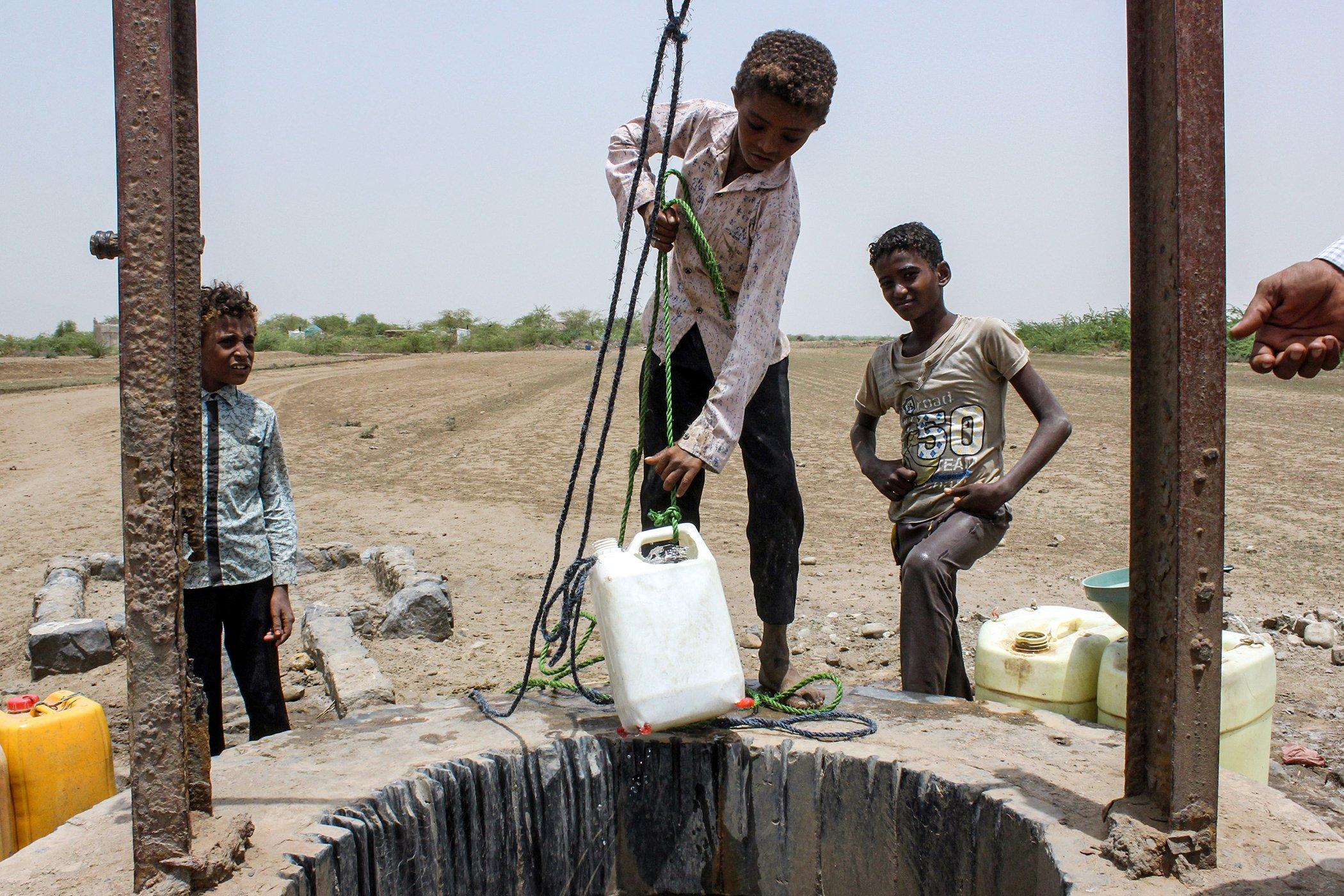 Yemen-Conflict-Crisis-Water.jpg
