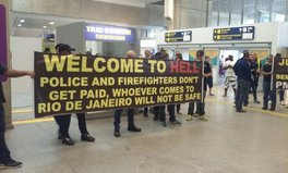 Article: Brazilians greet Rio tourists with signs: 'Welcome to Hell'