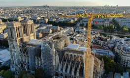 Article: Greenpeace Activists Drape Banners on Notre Dame Cathedral Crane Demanding Climate Action