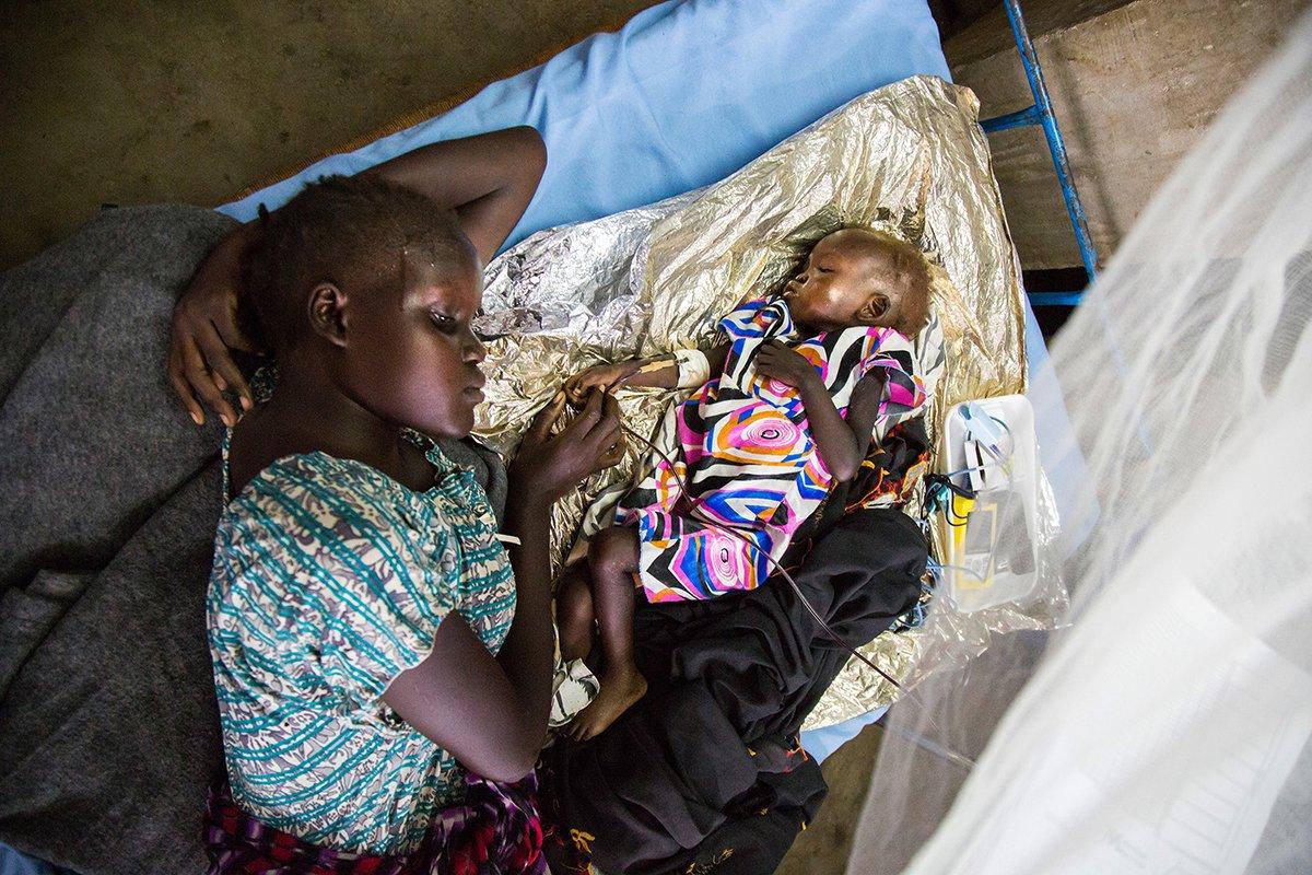 Nyawar and child.jpg