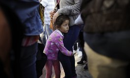 Artículo: Migrant Children Could Be Detained Indefinitely Under Trump Administration's New Proposal