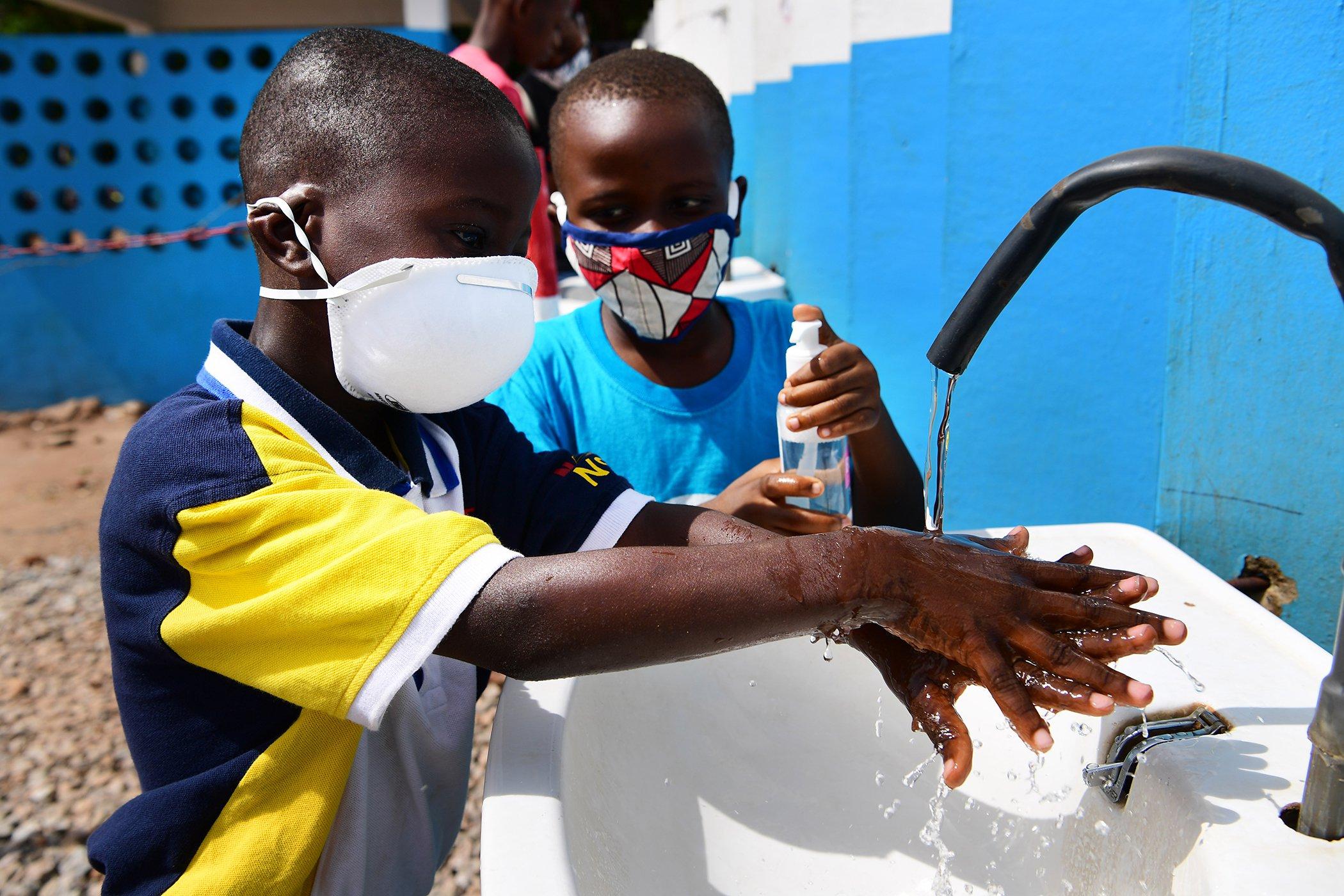 UNICEF-WHO-Handwashing-Campaign-COVID-19-002.jpg