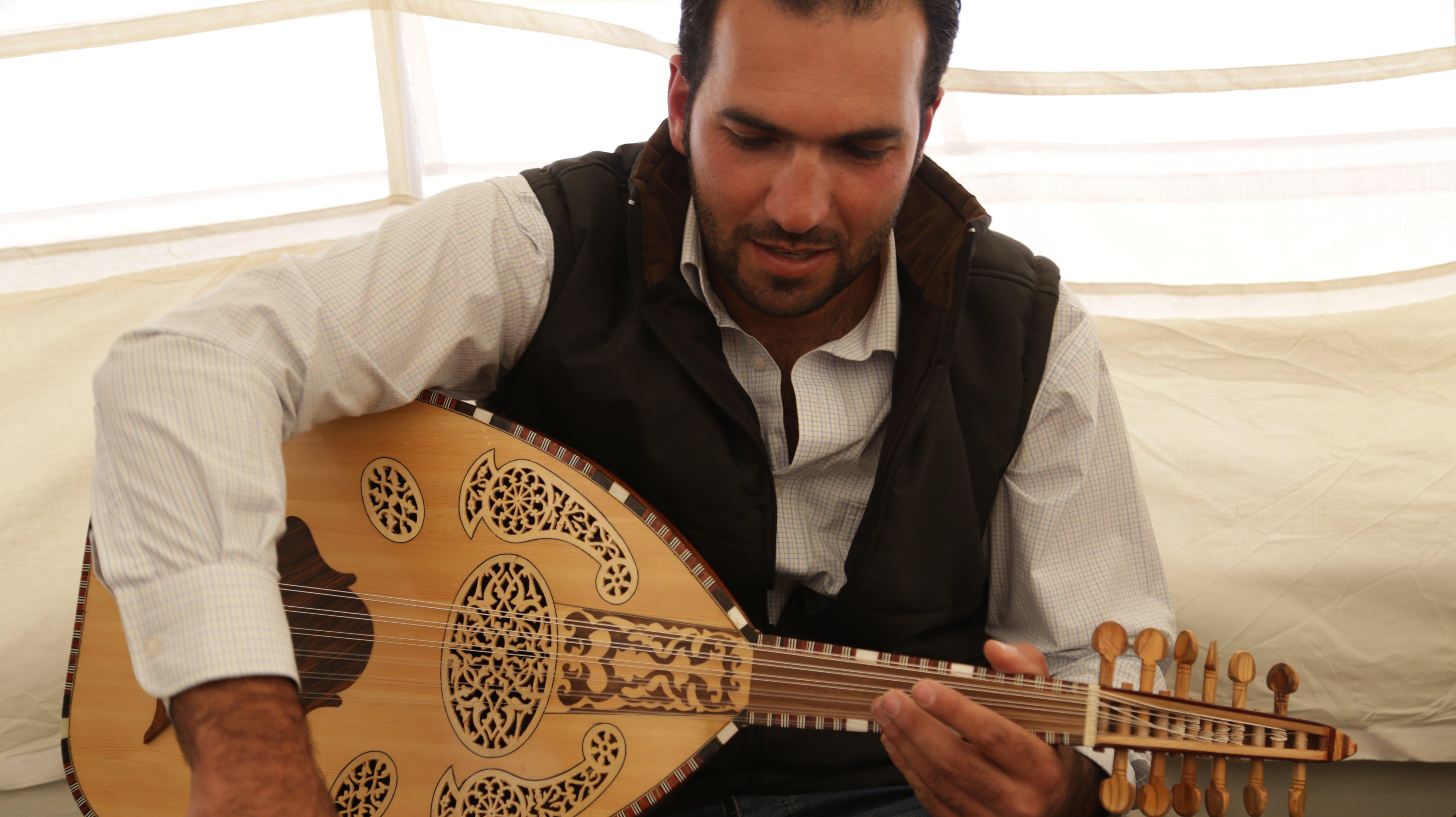 Ismail_music.JPG