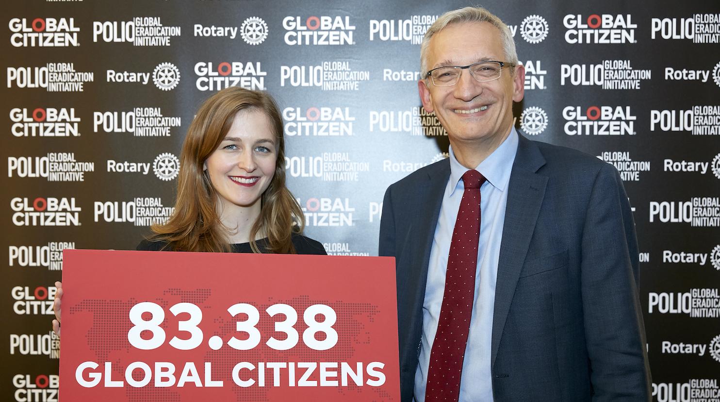 Carolin Albrecht und Staatssekretär Martin Jäger © Mike Auerbach für Global Citizen