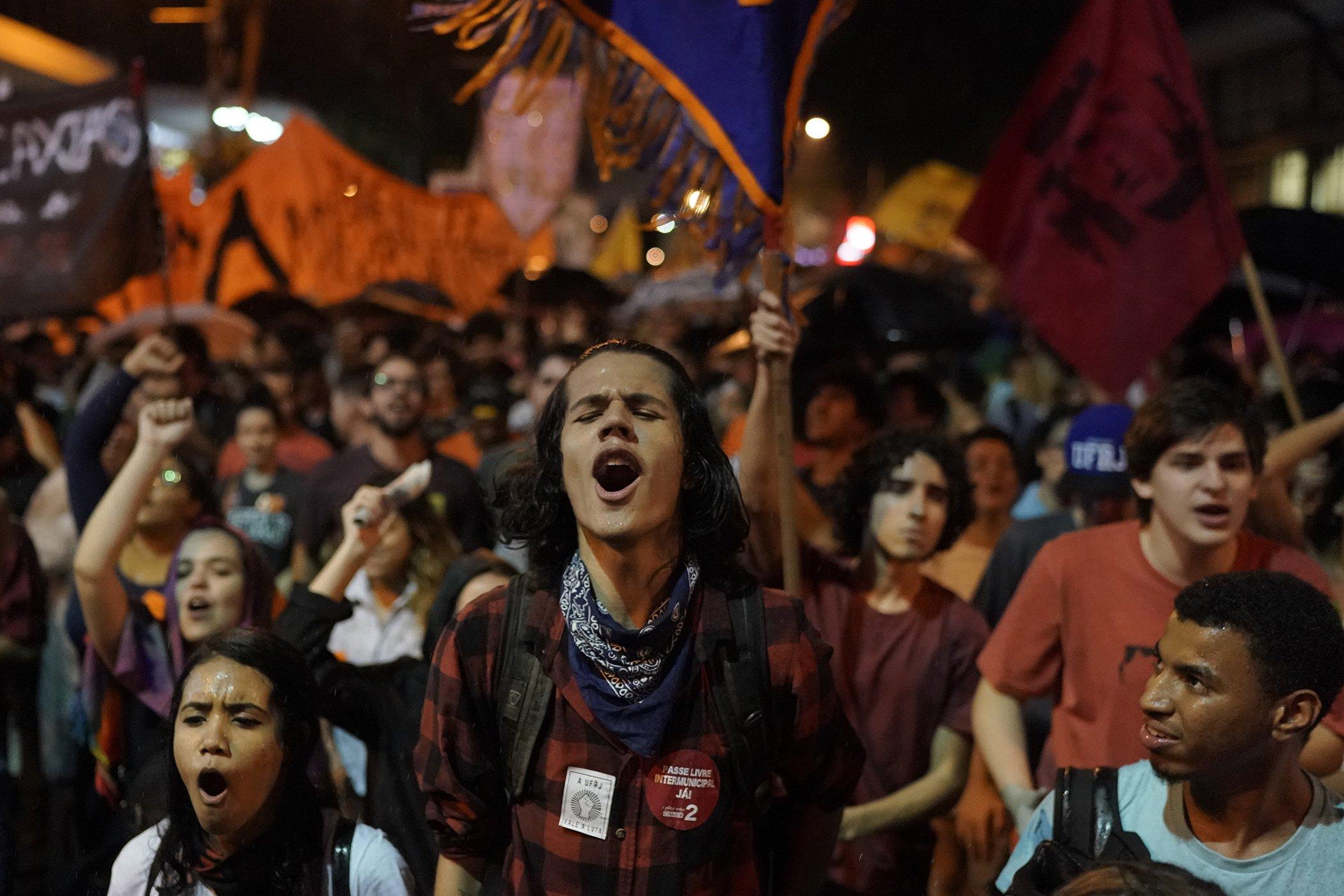 Education-Protest-Brazil-Budget-Cuts.jpg