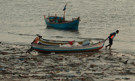Article: Indian Fishermen Are Using Ocean Trash to Build New Roads