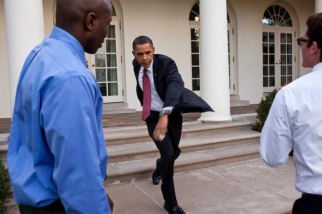 obama-44-photos-gc-baseball.jpg