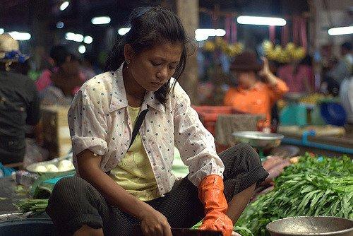 cambodia woman in market