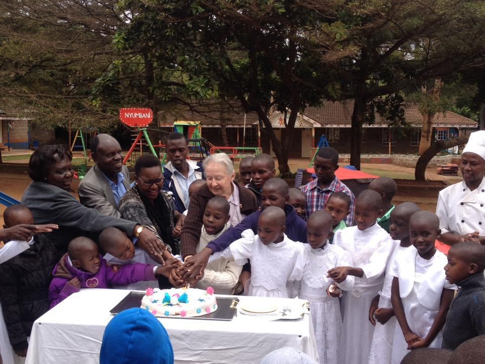 Nyumbani caring crowd image