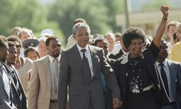 Artikel: Winnie Mandela, Firebrand of Anti-Apartheid Movement, Dies at 81