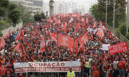 Article: 20,000 Homeless Brazilians Marched 20 KM to Demand Affordable Housing in Sao Paulo