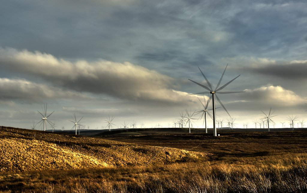 wind-farm-scotland-Andy Magee-flickr.jpg