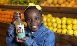 Artikel: 11-year-old girl just landed a sweet multi-million dollar lemonade deal with Whole Foods – and it helps bees