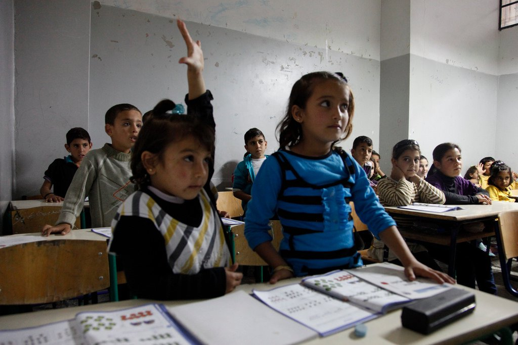 refugee children classroom Flickr.jpg