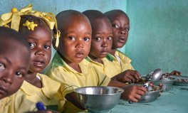 Artikel: 124 Million People Were at the Brink of Starvation in 2017, New Report Finds