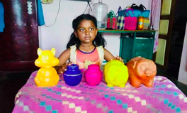 Article: This Indian Girl Smashed Open Her Piggy Banks to Help Kerala's Flood Victims