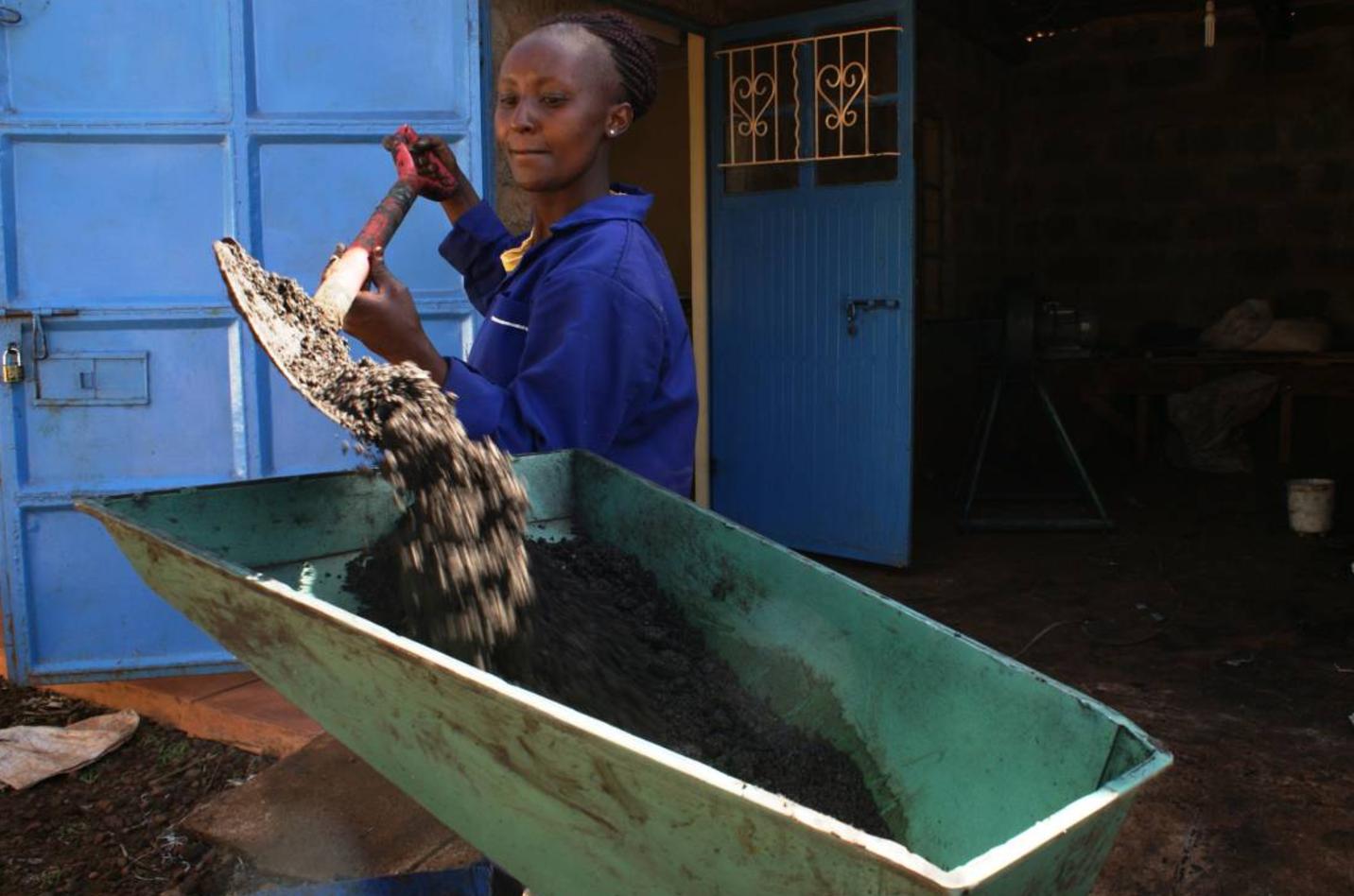 Kenyan women switch to clean energy.png