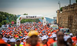 Article: Tens of Thousands of South Africans Join Together to Walk and Run in Remembrance of Nelson Mandela