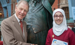Article: This Syrian Refugee Just Won a Top UK Poetry Prize — And She's Only 13