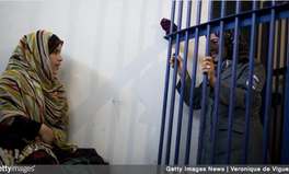 Artikel: The Humiliating Test Women Must Undergo in Afghanistan After Sexual Assault