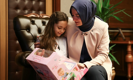 Article: Bana Alabed Pens Letter to Trump: Please Save Syria's Children